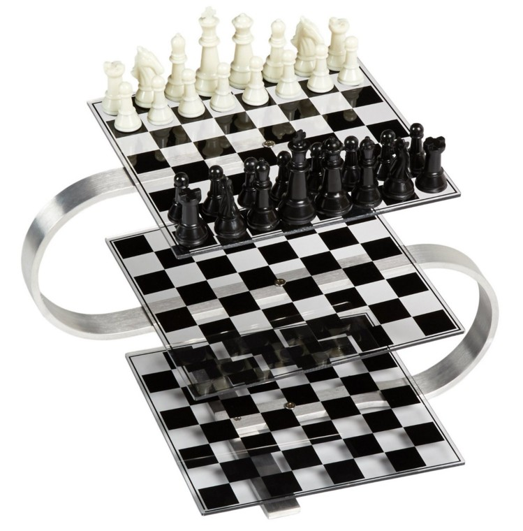 Strato Chess Set